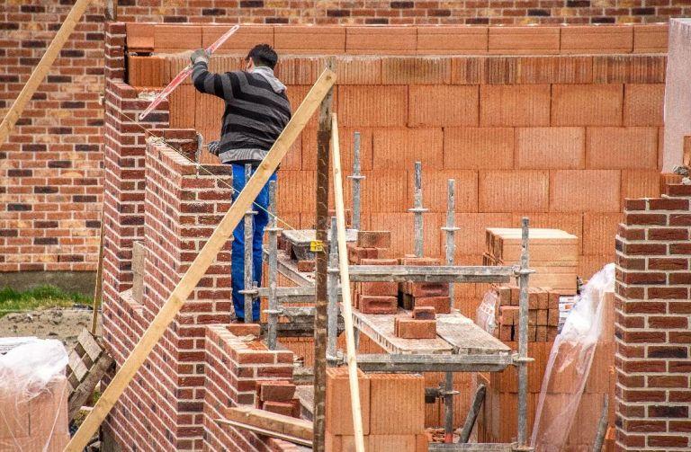 Photo 1 : Construire sans permis peut avoir de lourdes conséquences lors de la revente - Maisons d'en France 01 Oyonnax